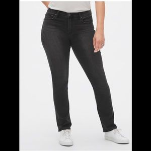 NWT Gap Mid Rise Classic Straight Jeans Sz 26